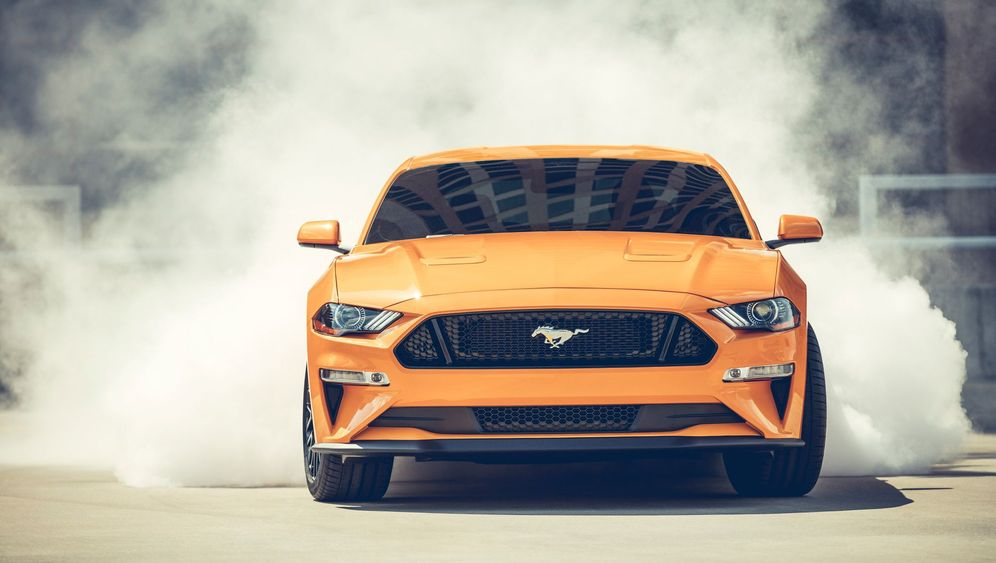 Autogramm Ford Mustang GT: Pony-Express