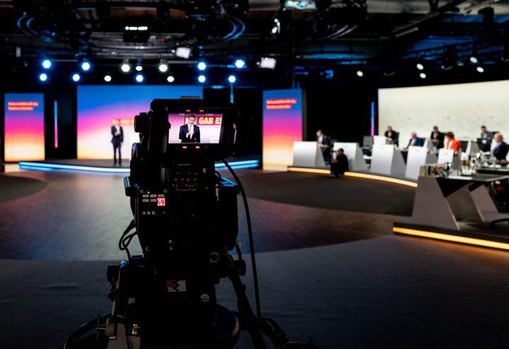 FDP-Präsidium in der Halle in Berlin-Kreuzberg: Die Leere des digitalen Raumes