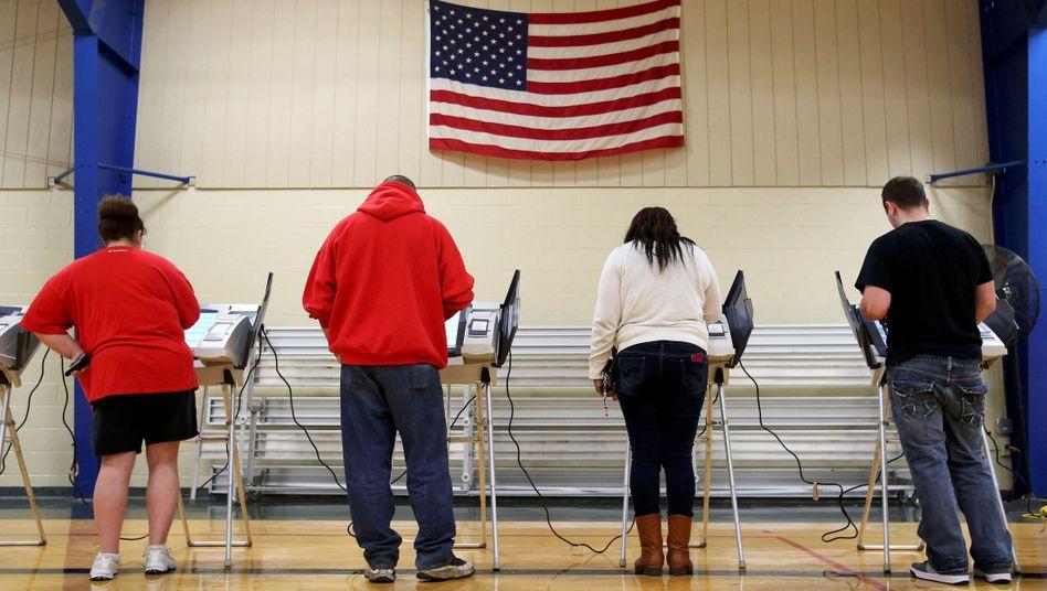 US-Bürger bei der Wahl