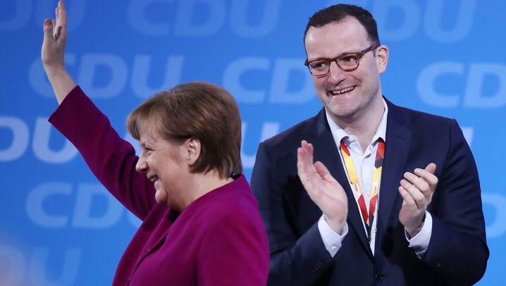CDU: Mehrheit für die GroKo, Rekord für AKK