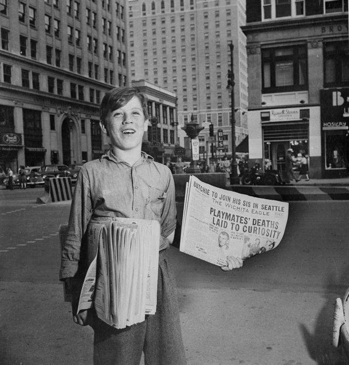Zeitungsjunge (1947): Damals Bote heißer Nachrichten, heute bringt er die von gestern