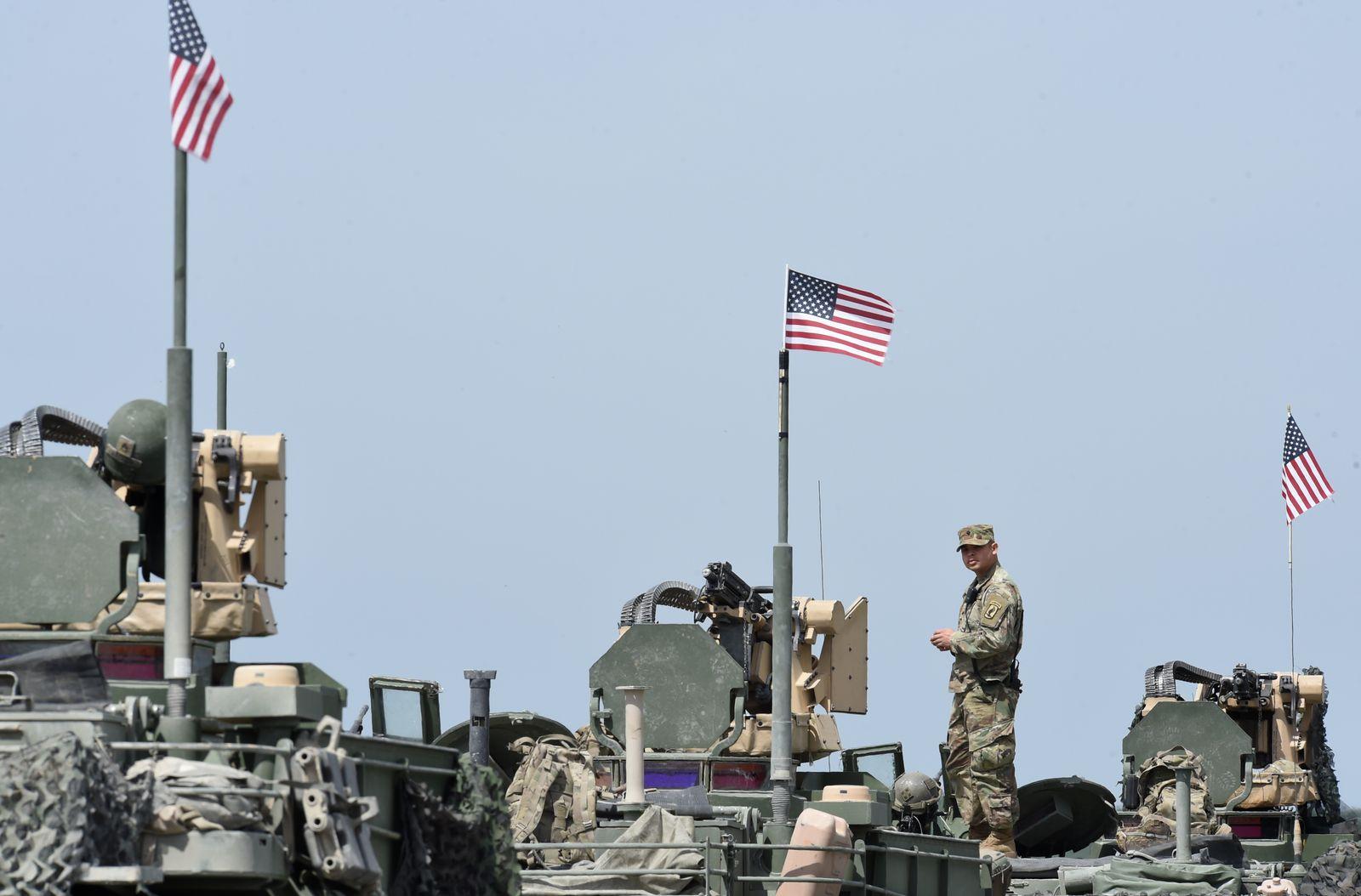 US/ Militär