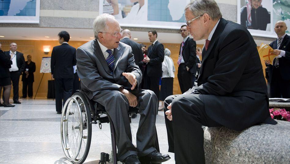 """Schäuble mit EFSF-Chef Regling in Wahington: """"Die Europäer haben geliefert"""""""