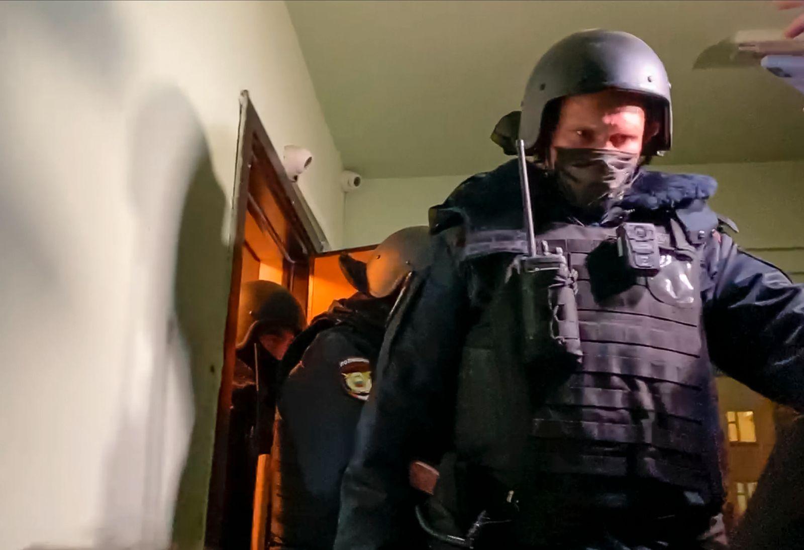 Durchsuchungen in Wohnung und Studio des Kremlgegners Nawalny