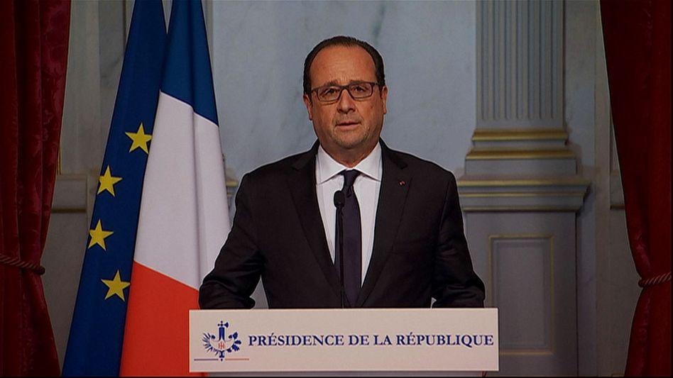 """Präsident Hollande bei der TV-Ansprache: """"Bisher nie dagewesene Terrorangriffe"""""""