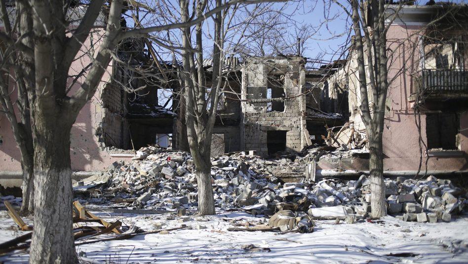 Bestätigung aus Kiew: Separatisten kontrollieren weite Teile von Debalzewe