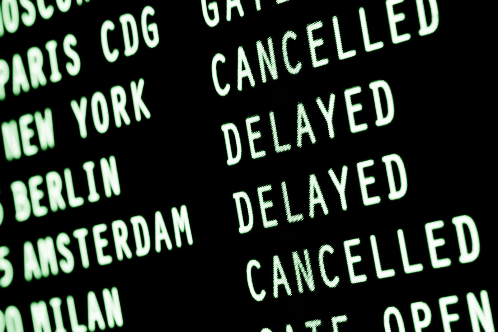 EINMALIGE VERWENDUNG Flughafen/ Flugerstattung