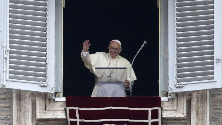 Der Papst und seine Kritiker: Machtkampf im Vatikan