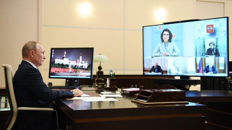 Wladimir Putin und seine Wahlkommission sind zuversichtlich: Das wird schon klappen