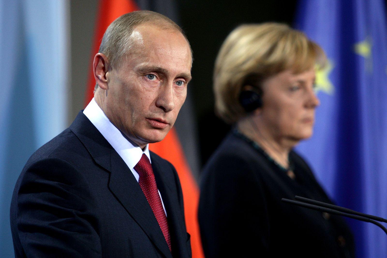 Putin / Merkel