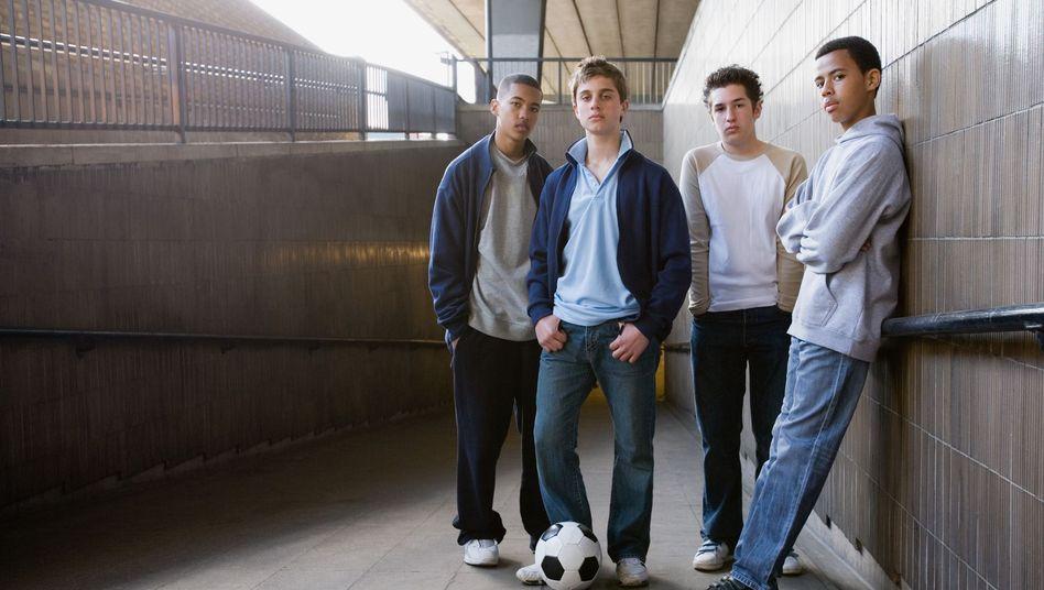 Kritische Jungs: Jugendliche unterschiedlicher Herkunft sprechen Kiezdeutsch