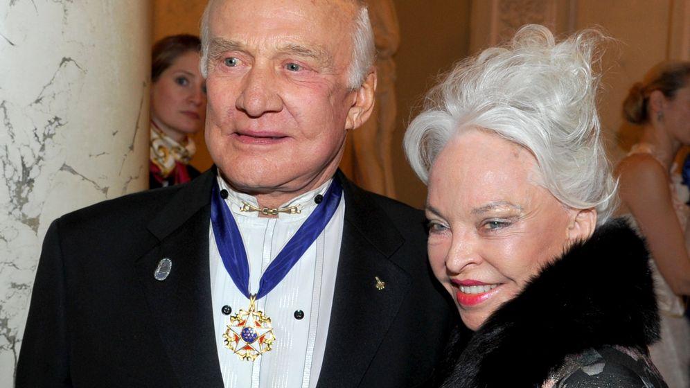 """Buzz und Lois Aldrin: """"Unüberbrückbare Differenzen"""""""