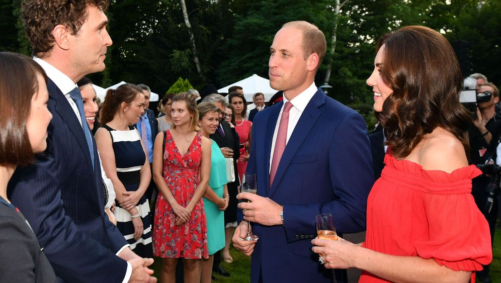 William und Kate: Gin und Pimm's mit William und Kate