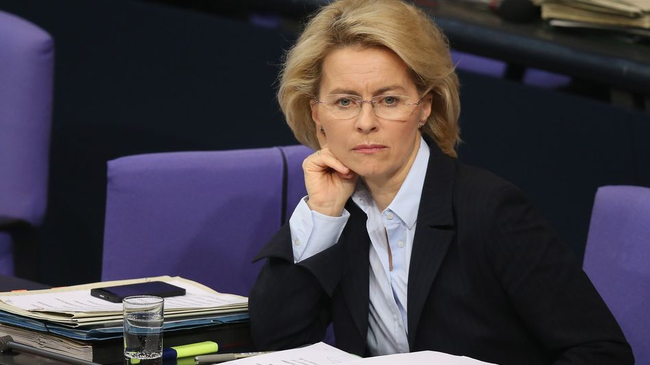 Ministerin von der Leyen: Nächster Staatssekretär entlassen