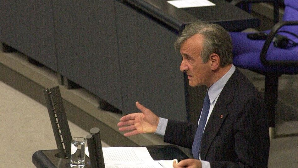 Elie Wiesel im Bundestag 2000