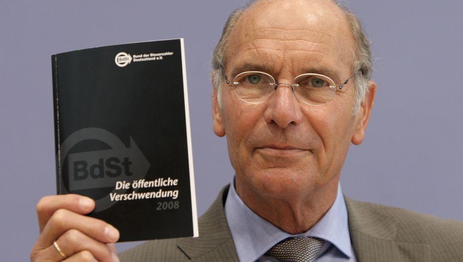Steuerzahlerbund-Präsident Däke: Bald soll endgültig Schluss sein