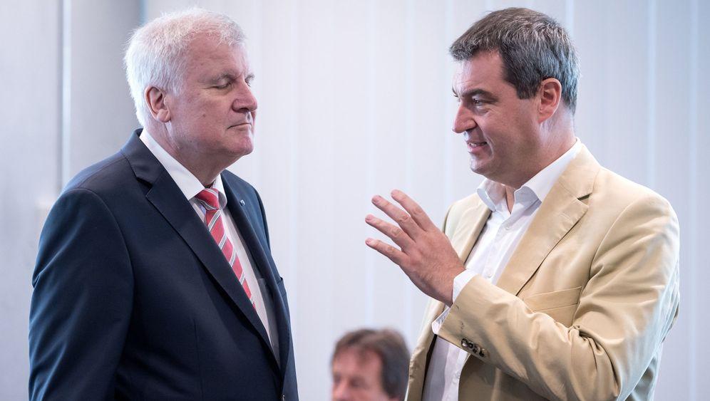 CSU-Machtkampf: Wer beerbt Seehofer?