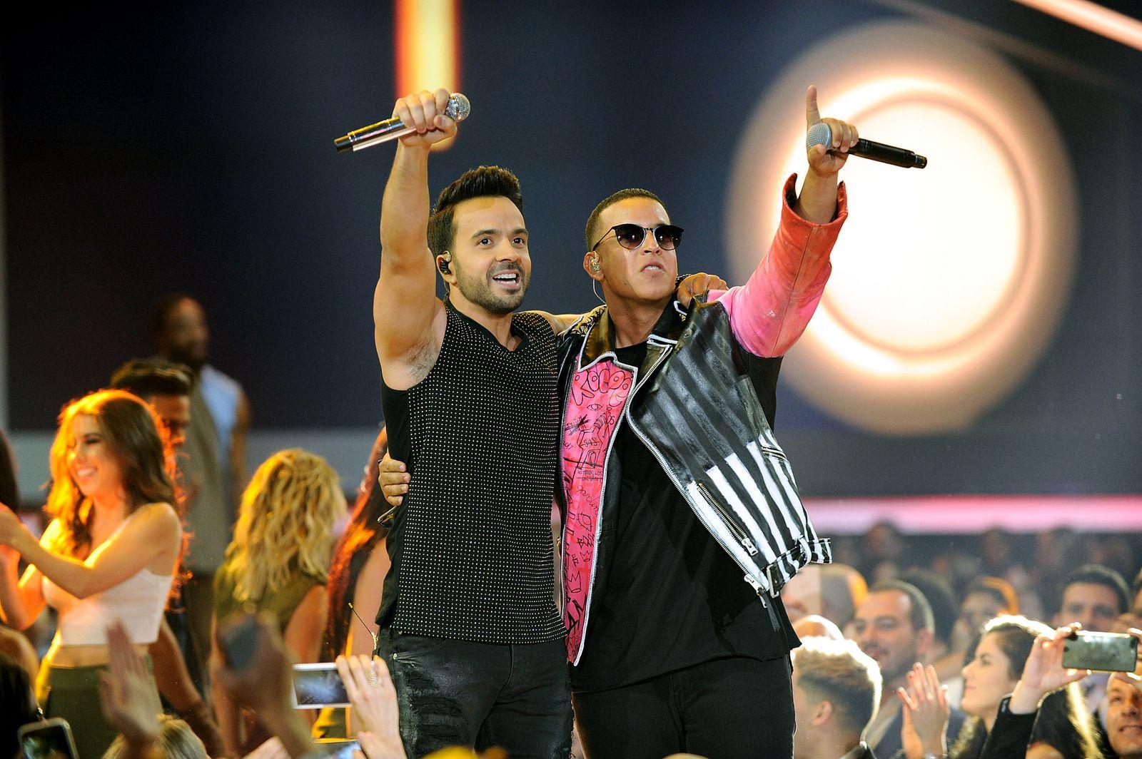 Luis Fonsi & Daddy Yankee: Despacito