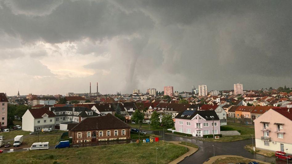 Tornado nahe Hodonin in Tschechien