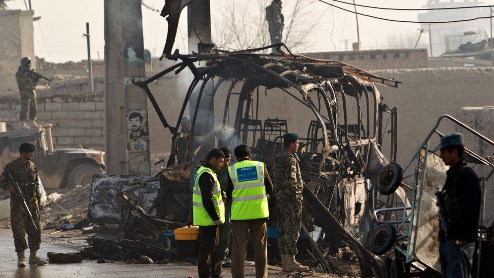 Anschläge in Afghanistan: Sprengstoffgürtel und Automatikwaffen