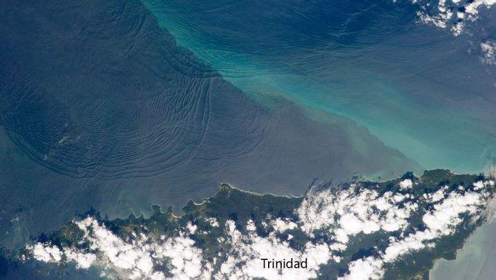 Satellitenbilder: Geheimnisvolle Tiefenwellen