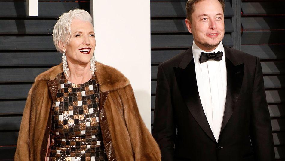 Mutter Musk mit Sohn Elon
