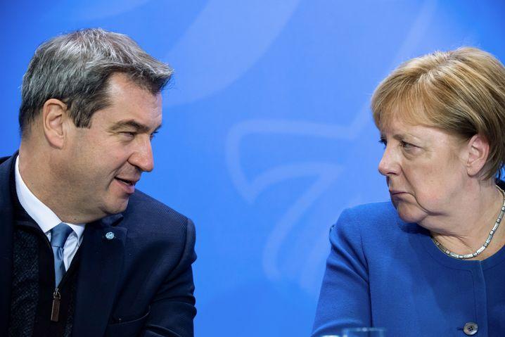 CSU-Chef Söder mit Kanzlerin Merkel