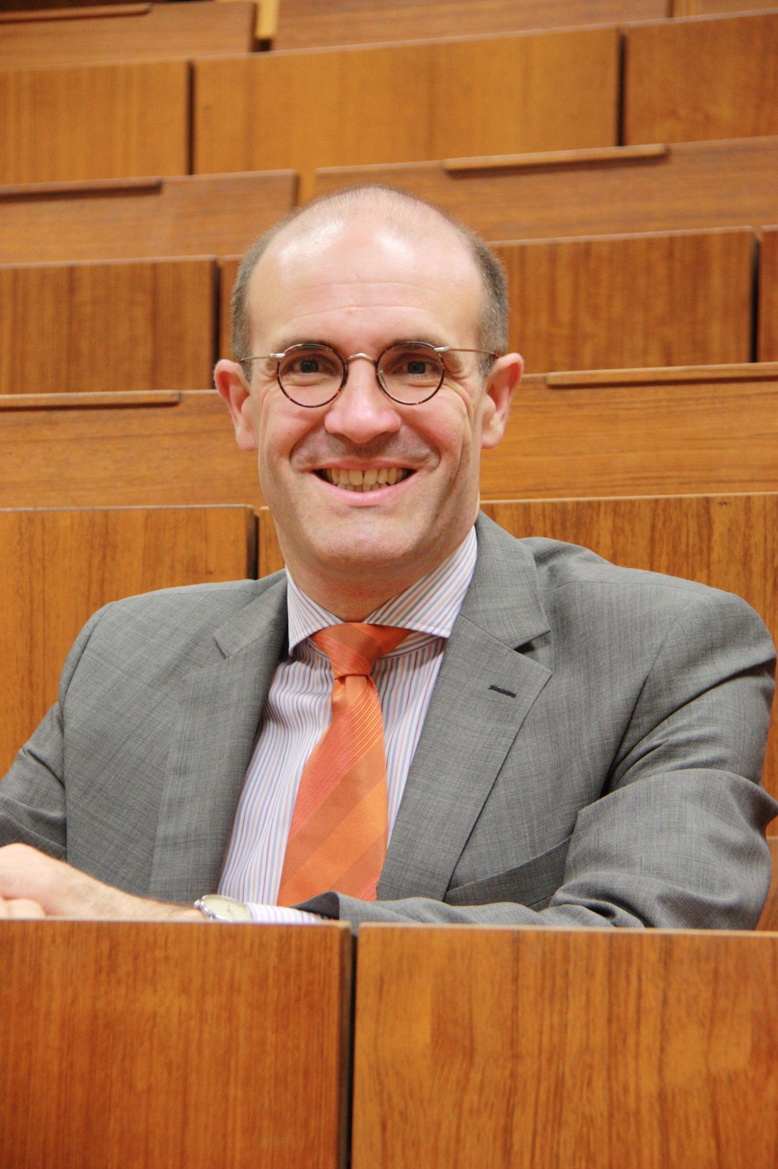 EINMALIGE VERWENDUNG Frank Schorkopf