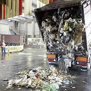 Abfalllieferung aus Neapel: Hilfe für Italiens Müllproblem