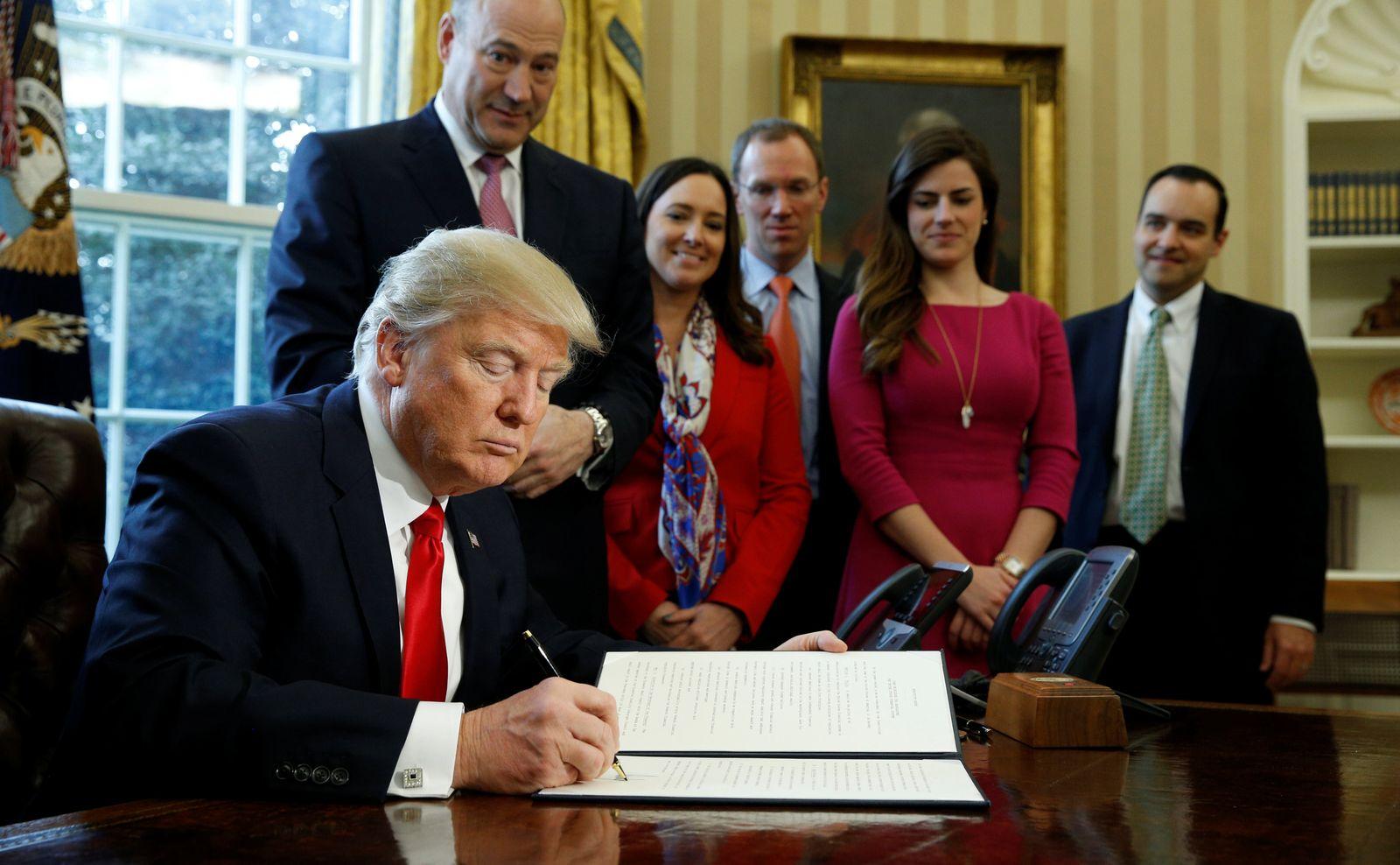 Wall Street Reform/ Trump/ 2017