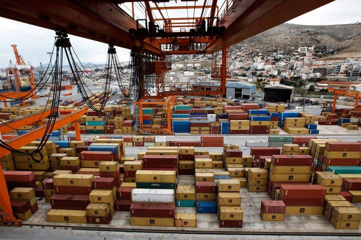 Hafen von Piräus (Januar 2012): Robustes Wachstum, soziale Gerechtigkeit