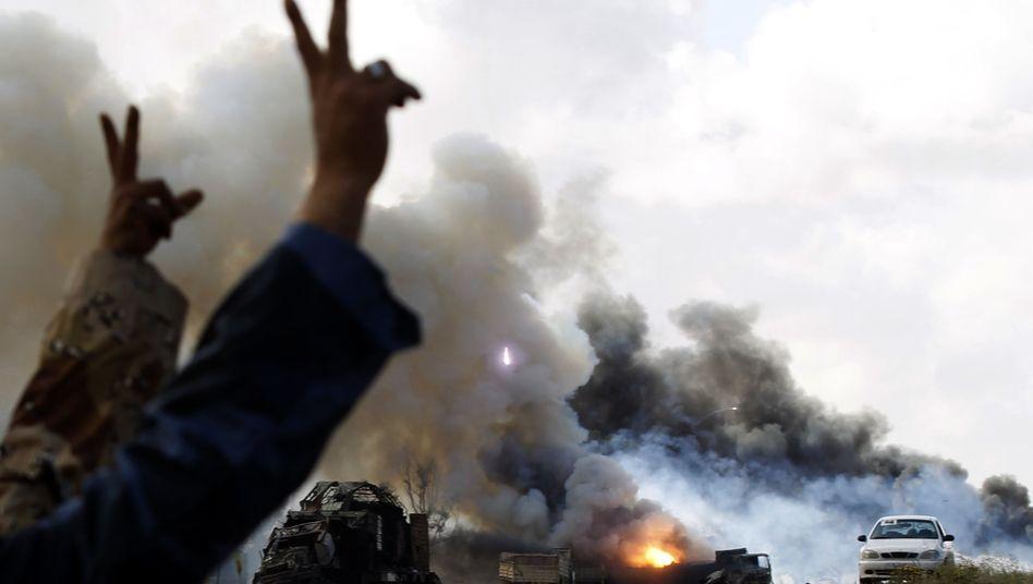 Luftschlag der Alliierten nahe Bengasi: Menschenrechte gehen vor Frieden - oder?