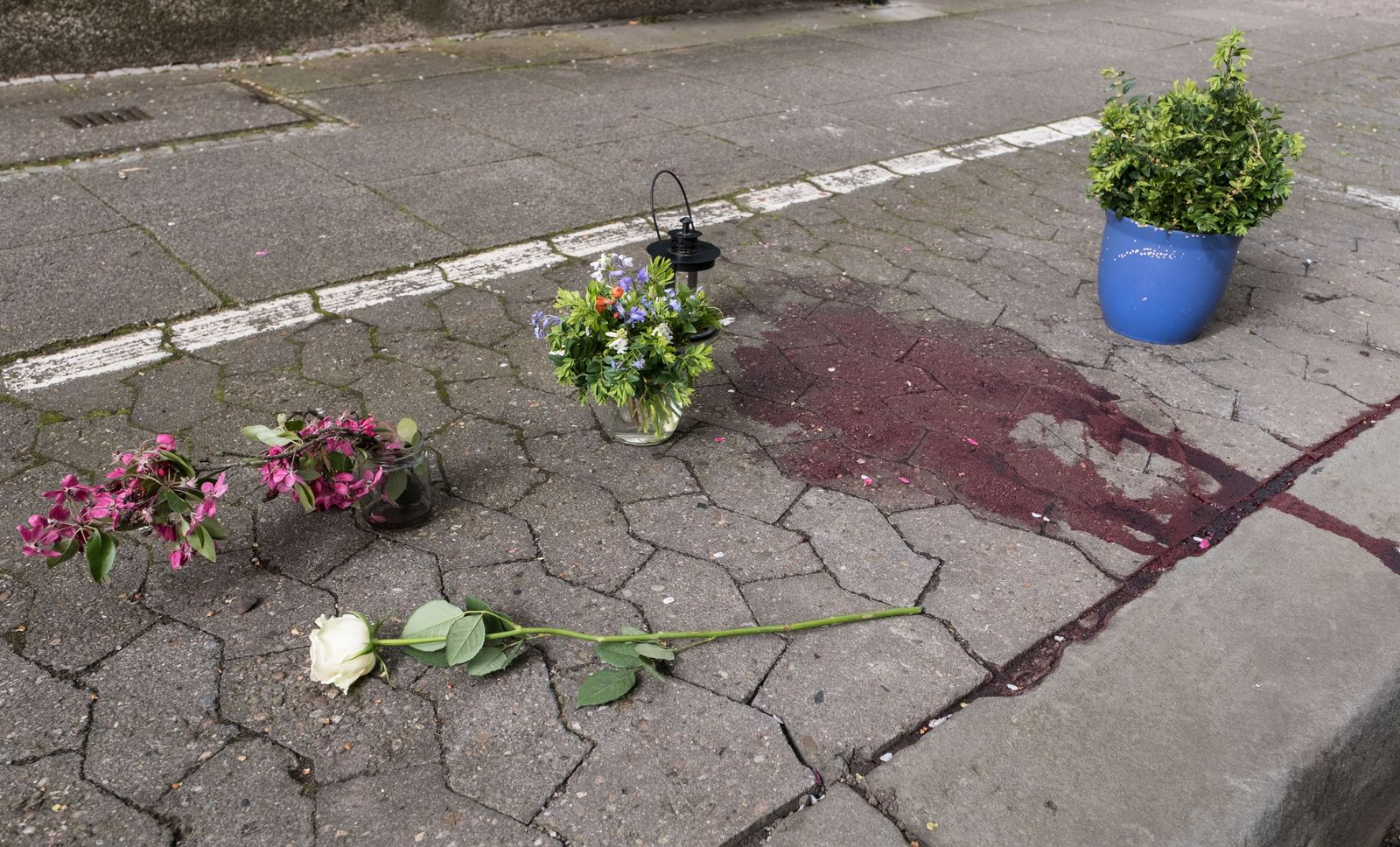 Frau auf Straße in Hannover gestorben - Gewaltverbrechen?