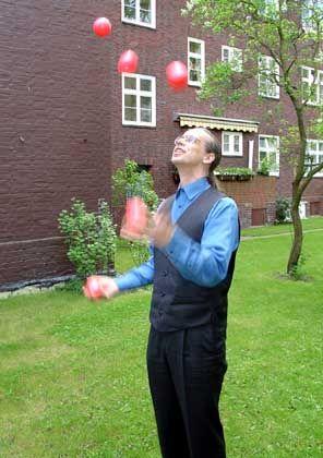 Trainer Andreas Lietzow: Jonglierend schneller lernen