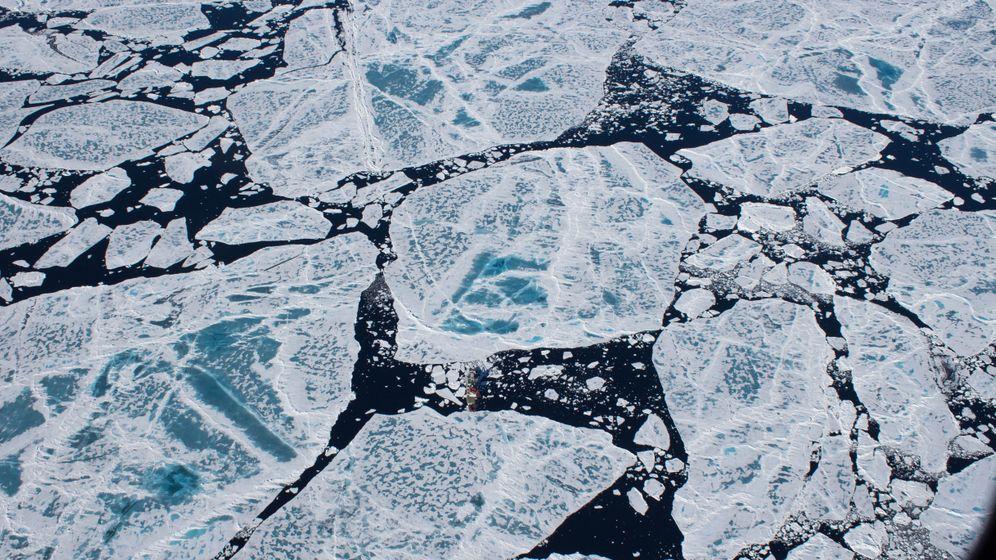 Photo Gallery: Exploring the Warming Arctic