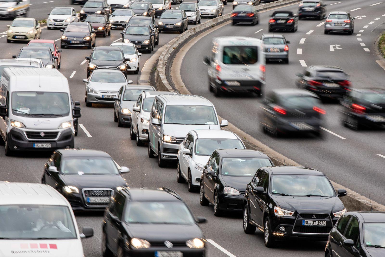Oberverwaltungsgericht verhandelt über Dieselfahrverbot in Köln