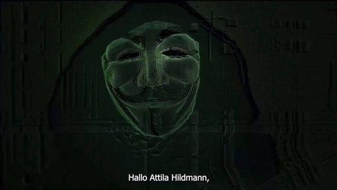 Screenshot aus dem Video der Anonymous-Aktivisten: »Hallo, Attila Hildmann«