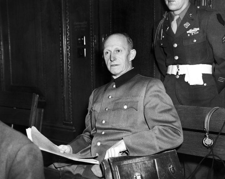 Alfred Jodl (während der Nürnberger Prozesse im November 1945)