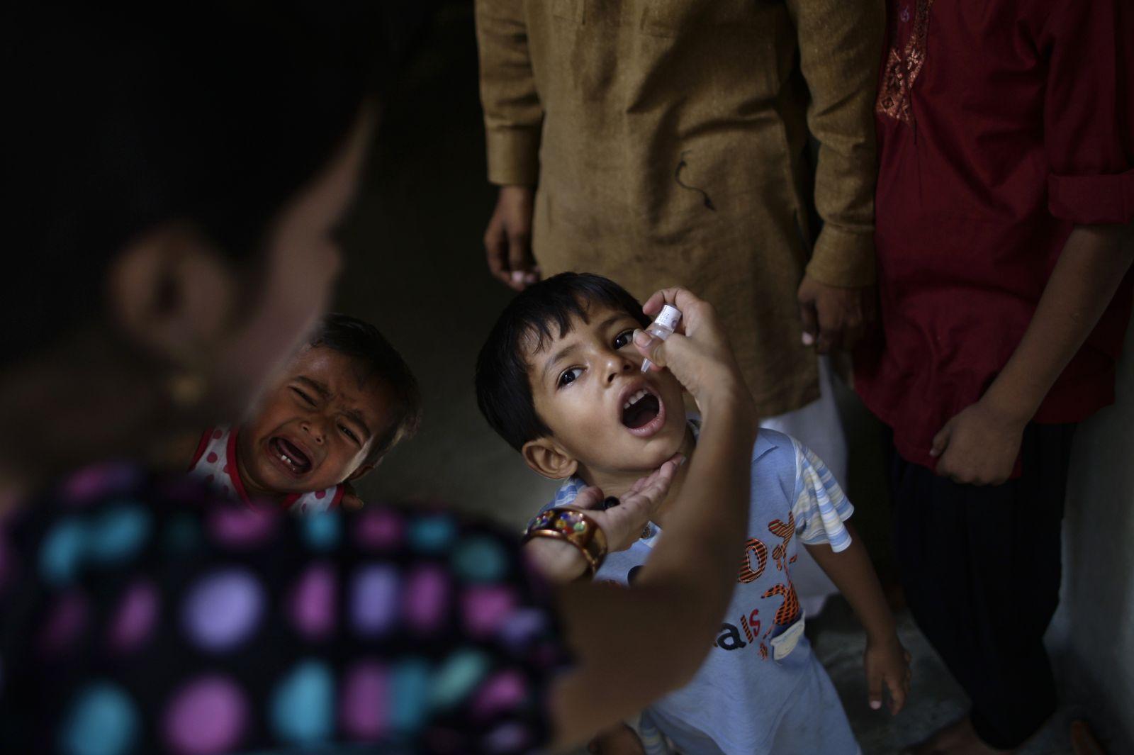 Pakistan/ Polio