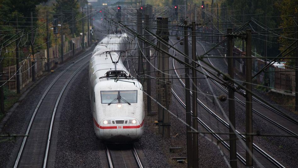 ICE der Deutschen Bahn (Symbolbild): Zwischenfall nahe Hannover
