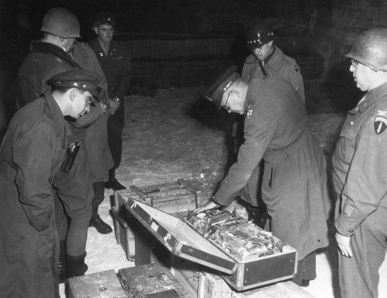 Salzbergwerk Merkers - Sicherstellung von Reichsbankgold, Bargeld in Reichsmark und Kunstgegenständen durch US-Truppen