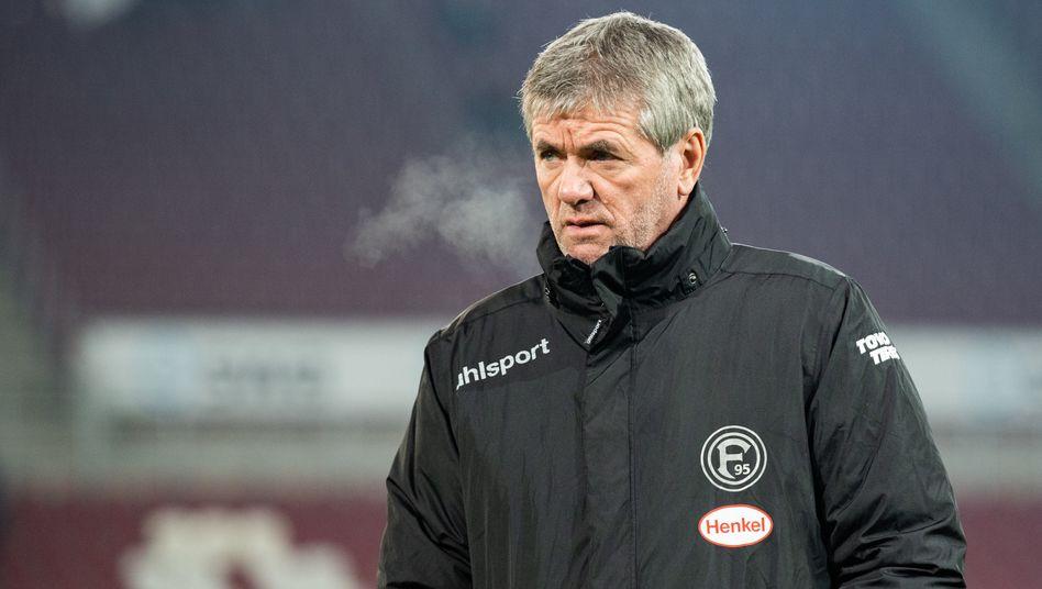 Trainer Friedhelm Funkel, hier 2019 noch für Fortuna Düsseldorf