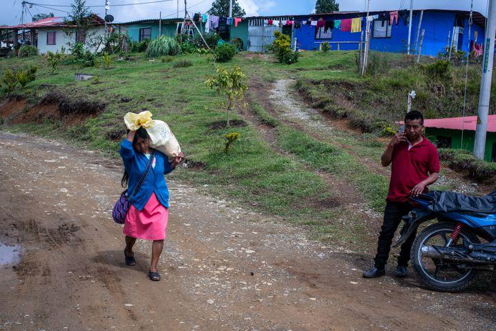 An indigenous woman near the farm at Caldono