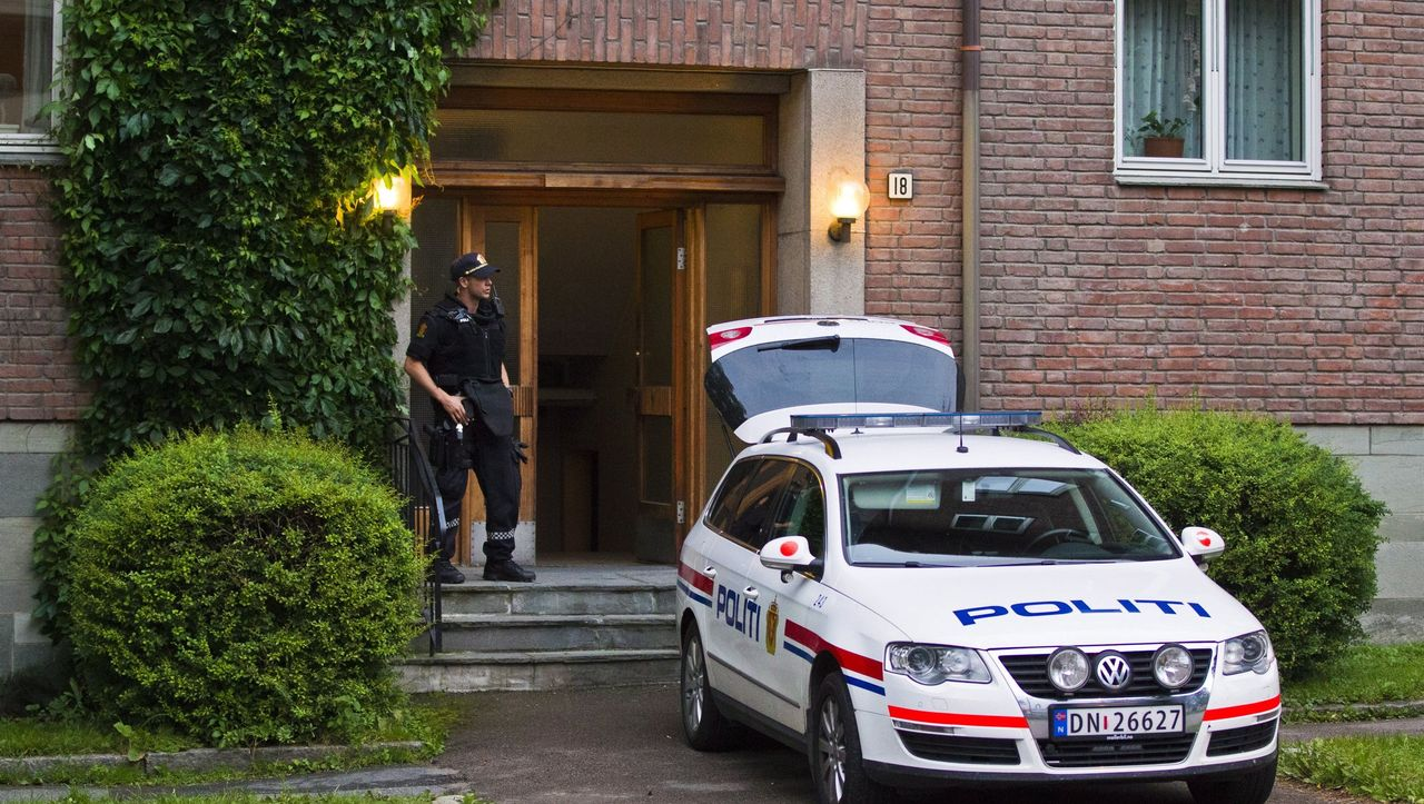 Norwegen: Autodieb schließt sich in Wagen ein - und muss