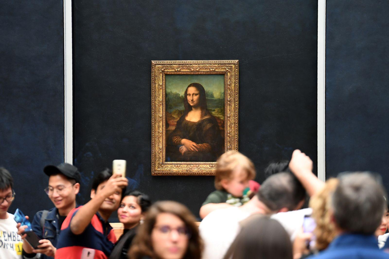 Louvre/ Mona Lisa