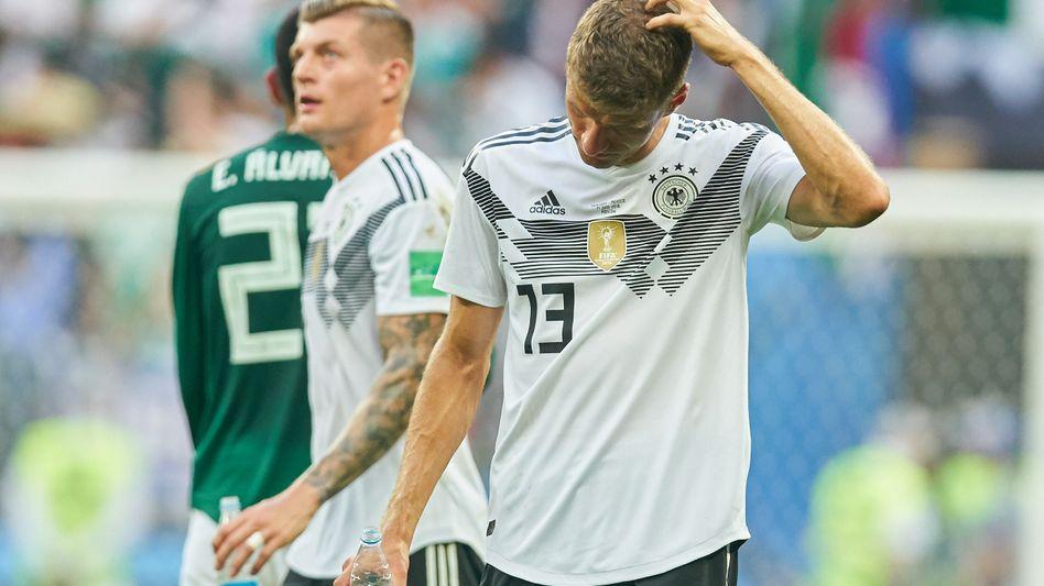 Toni Kroos, Thomas Müller beim Spiel gegen Mexiko