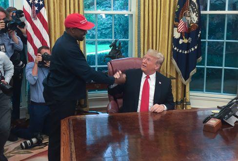 Kanye West besuchte Donald Trump 2018 im Weißen Haus