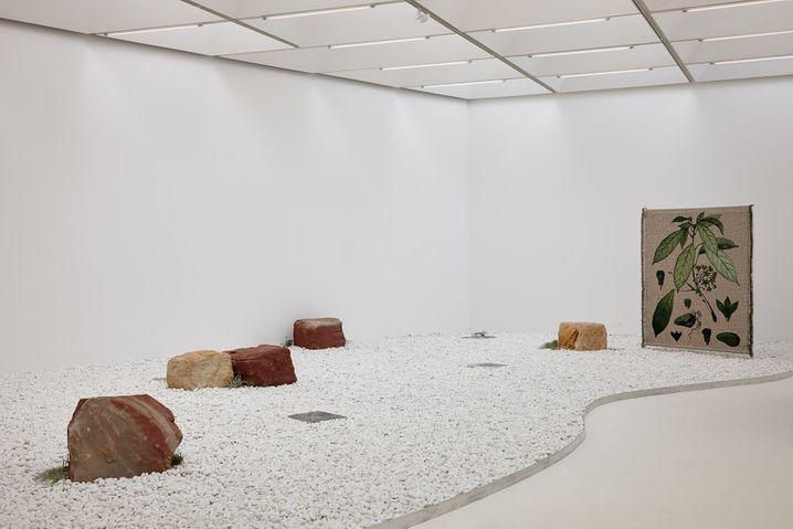 """Aus Kiesel und Kalk: Die Installation """"Taste of a Stone"""" soll der Besucher betreten"""