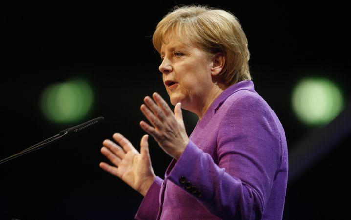 Kanzlerin Merkel: Experten gegen Versprechen der Union