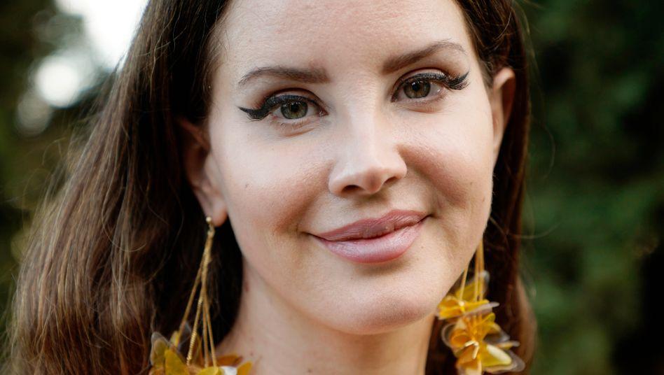 """Musikerin Del Rey: """"Authentisches, zartes Selbst"""""""